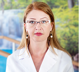 Dr. Oana Prihor